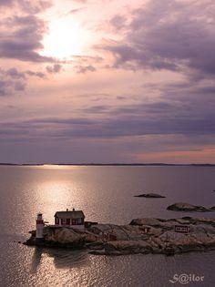 Good Night Gothenburg! Sunset over Gäveskär Light House by S@ilor, via Flickr