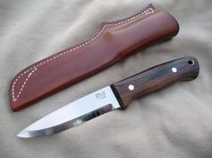 Staaf Handmade knives