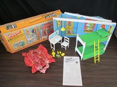 VTG 1975 BARBIE GROWING UP SKIPPER 2 IN 1 BEDROOM PLAYSET SEARS EXCLUSIVE W/ BOX