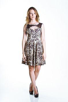 Vestido Evasê Animal Print com Tule Preto