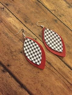 Faux Leather Earrings, Tear Drop,Earrings,Jewelry, Leaf Shape, Houndstooth, Alabama Football Handmade Leather Jewelry, Diy Leather Earrings, Handmade Necklaces, Cameo Jewelry, Custom Jewelry, Teardrop Earrings, Dangle Earrings, Antler Necklace, Diffuser Jewelry