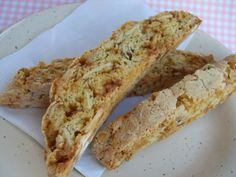 Make and share this Toffee Almond Biscotti recipe from Genius Kitchen. Biscotti Flavors, Almond Biscotti Recipe, Biscotti Cookies, Galletas Cookies, Almond Cookies, Chocolate Cookies, Pumpkin Biscotti, Cake Cookies, Italian Cookies