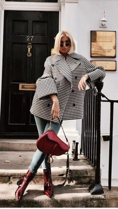 The 105 Best Street Style Pics From London Fashion Week . - The 105 Best Street Style Pics From London Fashion Week Source by - Look Fashion, Fashion Clothes, Fashion Outfits, Womens Fashion, Fashion Trends, Woman Outfits, Fashion Mode, Trendy Fashion, Fall Fashion
