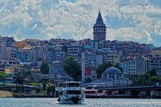 Il Corno d'Oro e la Torre di Galata, Istanbul - Foto scattata da Tolga Tavşancı con α58.