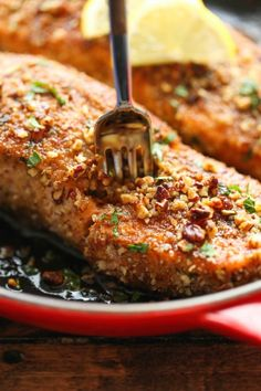 Pecan Crusted Salmon with Lemon Glaze - An epic crunchy pecan crust that comes together in just 5 min - easy peasy. And the lemon glaze is t...