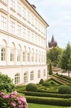 Four Seasons in Prague - read our review: http://www.arbuturian.com/travel/hotels/four-seasons-prague