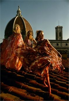 Firenze,1969 Models on the rooftop of Palazzo Pucci