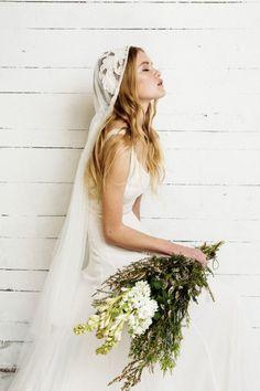 Velo de novia bordado en encaje #novias #bodas #CiudadReal #novias2015