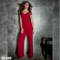 Always in spotlight ft. Nafsika Panagiotakopoulou ολόσωμη φόρμα > https://goo.gl/adJhlj  #jumpsuit #red #partylook #beyoucomgr #ootd