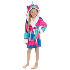 Become a magical unicorn in an instant with this beautiful multicoloured bath robe. With unicorn mane, horn and ears on the hood and made of 100% super soft polyester, this robe is perfect for cosying up at home.