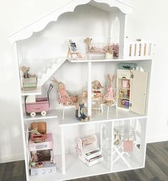 Shabby chic. Little girls room. @tessmcx
