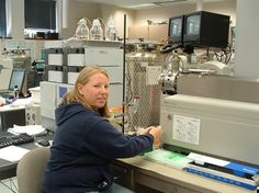 Applied Biosystems MDS Sciex 4000 Q Trap LC-MS/MS System