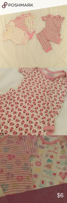 Baby girl set This listing is for 3 Gerber onesies, size 3-9 months, all princess themed, & a cute little ladybug pants and onesie set from Little Beginnings, size 0-3 months. Both sets fit my daughter at exactly the same time despite the claim that they're different sizes, they measure the same when laid on top of one another. All are in great condition except the left most onesie has a yellowish tint around the neckline. It's very hard to see but check out picture 4 for a close up. Gerber…