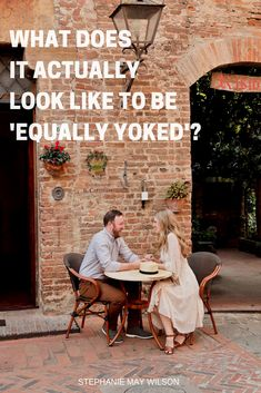 Is it okay to date a non-Christian? Here's Stephanie's exact guide on what it means to be equally yoked — and why it matters!  #stephaniemaywilson #dating #christiandating #christianrelationships #relationships #equallyyoked #faithpost