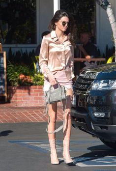 Kendall Jenner? TRY THIS AGAIN WITH NICE LIGHT COLOR SHORT SLACKS LOOKS GOOD AND BOOTS UP TO KNEES!