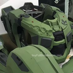 Master Chief Armor, Halo Master Chief, Project Icarus, Halo Cosplay, Halo Armor, Halo Series, Iron Man Suit, Suit Of Armor, Mens Suits