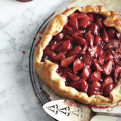 No pie plate required. This free-form pie is a rustic dessert you can fill with a variety of berries – but we're making a date with this version as soon as strawberry season gets underway. Strawberry Recipes For Summer, Summer Desserts, Summer Recipes, Tart Recipes, Cooking Recipes, Dessert Recipes, Summer Pie, Galette Recipe, Recipe Collection