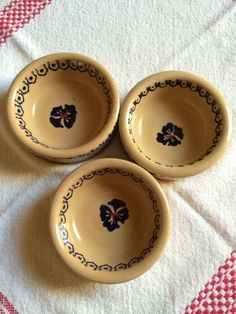 Nicholas Mosse Pottery Pansy Butter Pat spongeware from Ireland