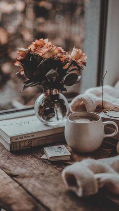 Book Wallpaper, Winter Wallpaper, Flower Phone Wallpaper, Wallpaper Backgrounds, Iphone Wallpaper Tumblr Aesthetic, Aesthetic Pastel Wallpaper, Aesthetic Backgrounds, Aesthetic Wallpapers, Cozy Aesthetic