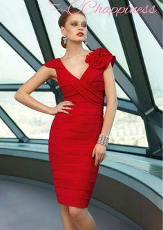 Vestido Flor. Colores: Negro - Morado - Rojo Tallas: 2 - 4 - 6 - 8 - 10 - 12 - 14 - 16 - 18 - 20 - 22 - 24 - 26 - 28. Precio: $190.000