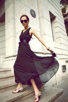 Black fashion dresses