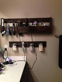 Pallet shelf for bathroom! So cute!