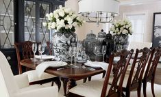 Ideas for Decorating an Elegant Dining Room Dining Room Design, Dining Room Furniture, Dining Room Table, Room Chairs, Wood Table, Dining Room Inspiration, Elegant Dining, Suites, My New Room