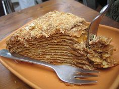 Dulce de leche spread between layers and layers of flaky pastry. I might cheat and use frozen phyllo dough, or alternate the dulce de leche with a few layers of pastry cream. To die for! Chilean Desserts, Chilean Recipes, Chilean Food, Sweet Recipes, Cake Recipes, Dessert Recipes, Torta Chilena Recipe, Milhojas Cake, Thousand Layer Cake