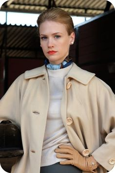 Betty- equestrian style 60s