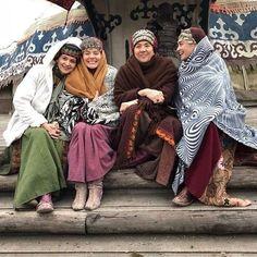 Turkish Women Beautiful, Turkish Beauty, Turkish Fashion, Lengha Blouse Designs, Famous Warriors, Turkish Wedding, Esra Bilgic, Cute Friend Pictures, Muslim Beauty