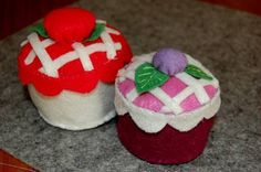 Felt Cupcake + tutorial. - TOYS, DOLLS AND PLAYTHINGS