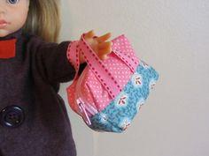Mini sac de voyage pour poupée
