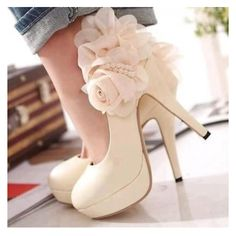 shoes with roses :)