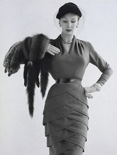 Oh. My. >> 1955 fashion.  @Glam of God -- what do you think of this dress?