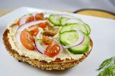 We love hummus on bagels any time of day - especially if it's Meatless Monday!