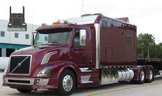 Pictures of Volvo Semi Trucks at SemiTruckGallery.com