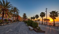 per_vagle (@pervag_travels) op Instagram: 'If you are up at 7 a clock...... in VillaJoijosa Spain  #sunrise #villajoyosa #spain #bobiltur…'