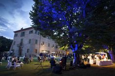 A special event in Villa  http://www.villacentofinestre.com/ingHappenings.htm