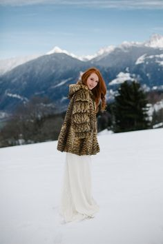 Shooting inspiration mariage chic aux notes hivernales - Suisse    Photographe   Alex Tome   Donne fc53a3081a7