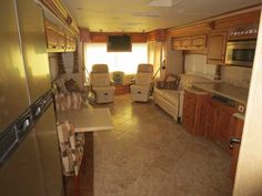 2008 Used Holiday Rambler Endeavor 40FST Class A in Florida FL.Recreational Vehicle, rv, 2008 Holiday Rambler Endeavor 40FST, Unit is very clean, non smokers, no pets, never lived in full time. New Michelin tires in Oct. 2015, new awnings Oct. 2014. New batteries Jan. 2016.Motor transmission oil changed Nov. 2015. Has automatic satellite dish for SHAW or can be DIRECT TV. (Value $3000) Currently sitting in Florida, could deliver. Vehicle has been imported in Canada with import and taxes…