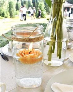 Natural wedding centerpiece with beeswax floating candle Casual Outdoor Weddings, Queen Anne's Lace Flowers, Floating Candles Wedding, Simple Centerpieces, Queen Annes Lace, Beeswax Candles, Candle Making, Wedding Shit, Pure Products