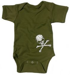 Cool Baby Outfit in Olive Camo Green, Funky Skull and Crossbones on Punk Baby Grow for Boy, Awesome Rock Baby Clothing Gift