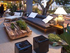 Mesa de Mônica Cintra em terraço criado por Debora Aguiar - Casa Cor SP 2012 - Foto Paulo Falcao  - 023 sh