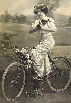 Le muse di Kika: In viaggio con la moda: hai voluto la bicicletta?? [moda+fotografia]