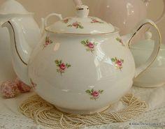 Pretty Duchess Vintage Bone China Tea Pot by AlicesChinaCupboard