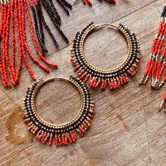 Gold Earring Studs / Solid Gold Circle Stud Earrings / Circle Wire Stud Earrings / Gold Hoop Earrings / Dainty Gold Earrings Karma Studs Our circle earrings with their geometric style are perfect for those who love geometrys strictness but also appre Bar Stud Earrings, Seed Bead Earrings, Simple Earrings, Crystal Earrings, Beaded Earrings, Gold Earrings, Beaded Jewelry, Beaded Bracelets, Chandelier Earrings
