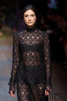 Dolce & Gabbana Sonbahar-Kış 2014-2015 - Hazır giyim - http://tr.flip-zone.com/fashion/ready-to-wear/fashion-houses-42/dolce-gabbana-4602 - ©PixelFormula