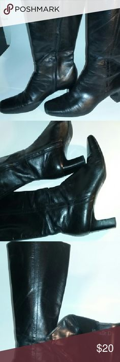 Michelle D black patent leather heeled boots! Great condition! Gently used! Heel is 2.5 in. These are knee high boots that zip up the inner side. There is also an area at top for stretch if needed, pic #4. Michelle D Shoes Heeled Boots