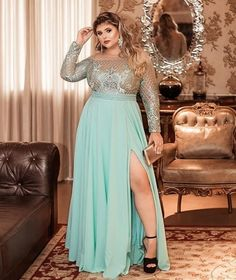 Tips To Find Cheap Plus Size Prom Dresses - Plus Size Fashion Trends Plus Prom Dresses, Girls Evening Dresses, Plus Size Party Dresses, Prom Dress Stores, Event Dresses, Plus Size Outfits, Plus Size Gowns Formal, Plus Size Evening Gown, Chubby