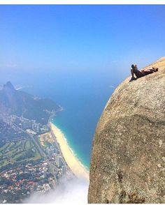 Rio de Janeiro 📍 #Brazil Photo by wellboldrin  Double tap if you like it.  Follow @travelnaturephotos for travel inspiration.